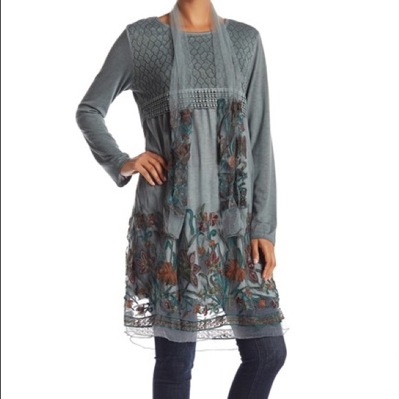 Simply Couture Dresses & Skirts - Simple Couture Grey Floral Embroidered Dress